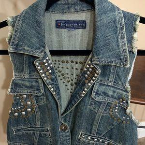 Studded sleeveless Jean Baccini vest